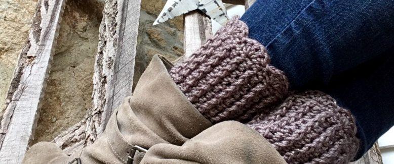 Sweet Scallops Boot Cuffs Crochet Pattern